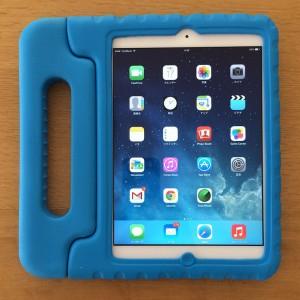iPad mini ケース 子ども用装着前