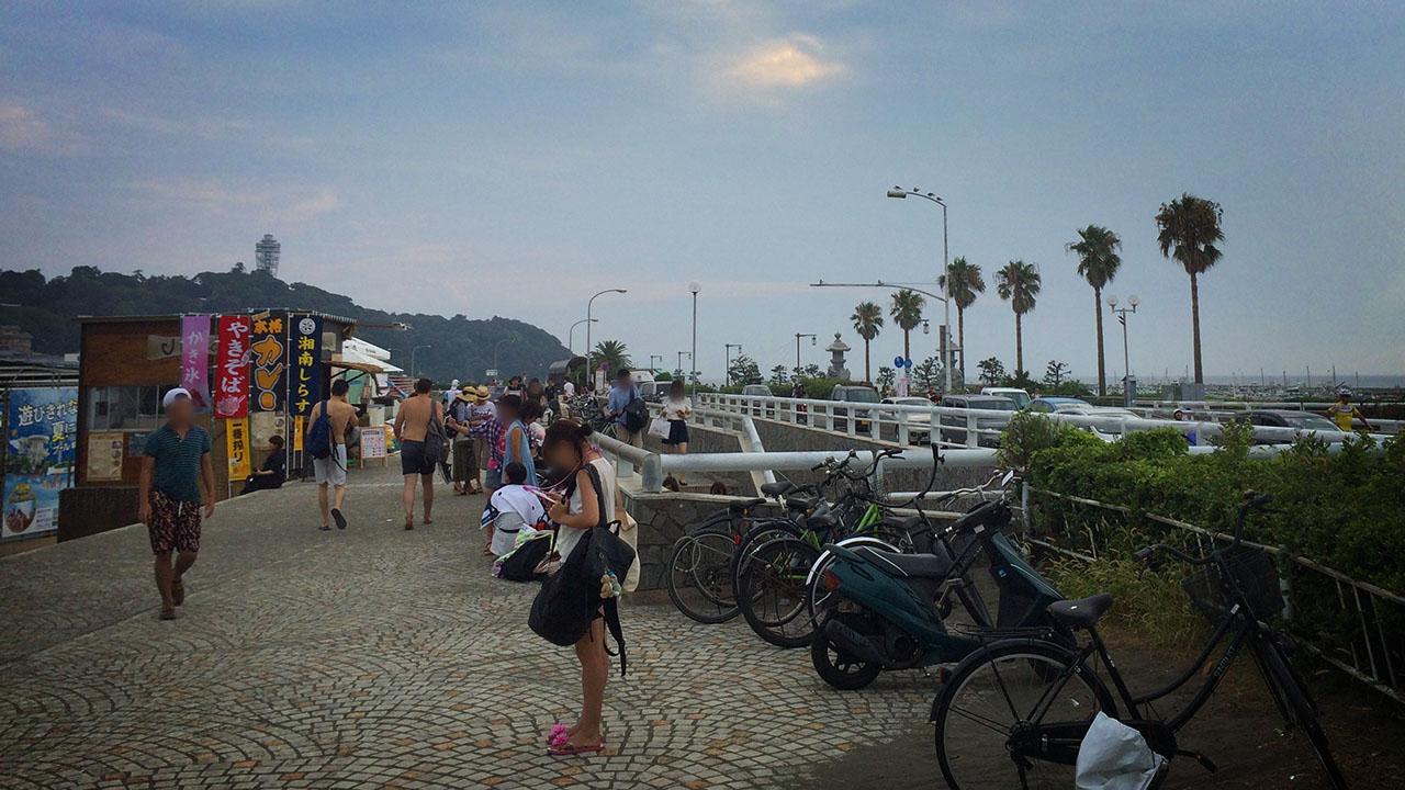 お盆真っ只中の江ノ島のビーチでNORA ITは快適なのか?