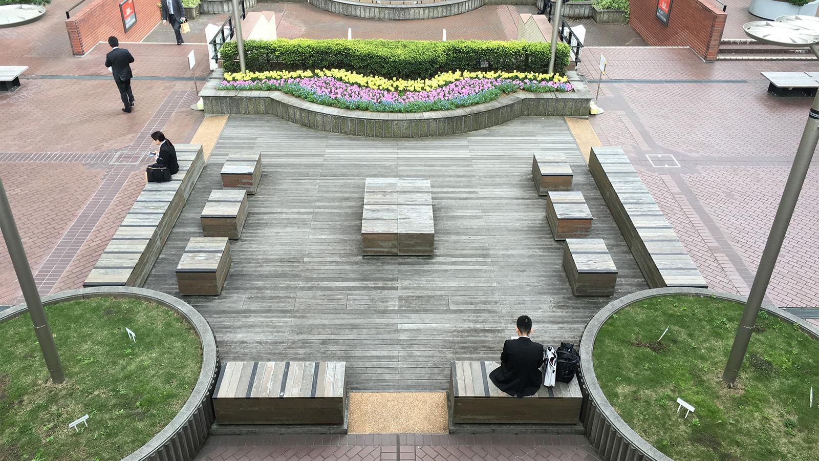野良スポット紹介〜青山のコの字型ワークスペース編