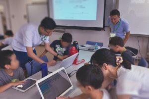 本人による屋内プログラミング教室