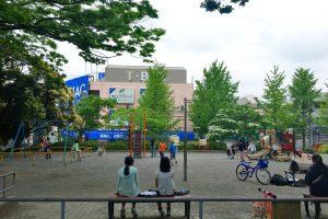 藤が丘駅前公園